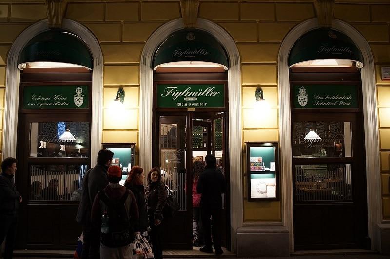 Dinning in Vienna 7